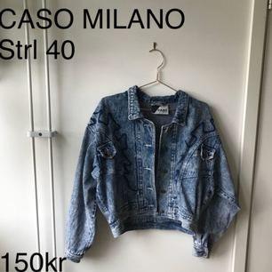 Skitsnygg jeansjacka från Caso Milano!