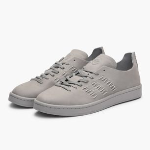 Limited edition Adidas X Wings + Horns collaboration sneaker.  Wings + Horns is a Canadian brand whose designers produce clean, quality wear that remain timeless in class.  Seldom worn, in almost brand new condition. If you have 43.5 to 44.5 in size, this shoe will fit perfectly.  // flyknit , ultraboost , common projects , buttero , cqp , sweyd