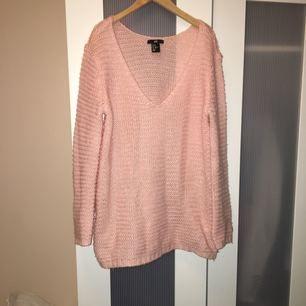 Riktigt mjuk och gosig tröja! Ljusrosa och fint stickad