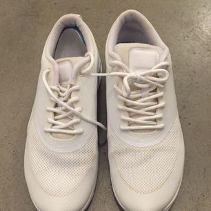 Sparsamt använda Nike Roche one!