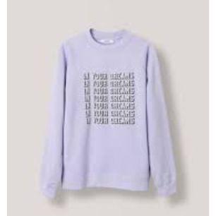 """Helt ny oanvänd sweatshirt från ganni med tryck på """"in your dreams""""  Fick i julklapp och jag gör den tyvärr inte rättvisa. Nypris 1050 kr"""