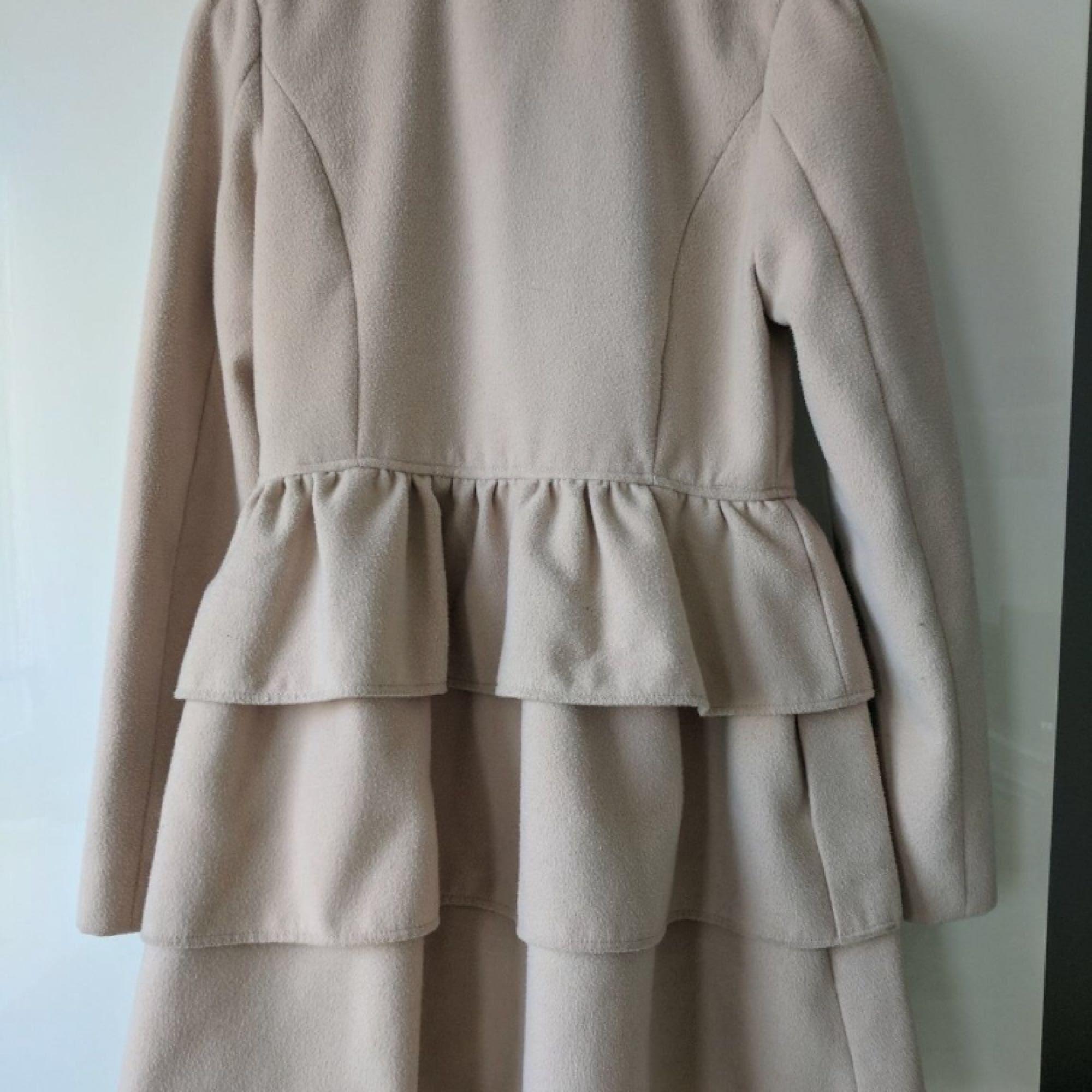 b493a86c892d Den är otroligt fin Säljer min väldigt fina ljusrosa jacka då den blivit  för liten. Den är otroligt fin
