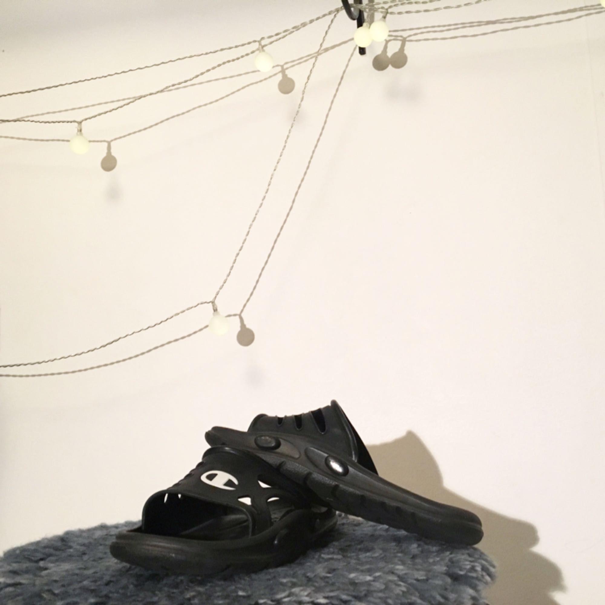 Champion sandaler 💫💫💫  FRI FRAKT 🌻. Skor.