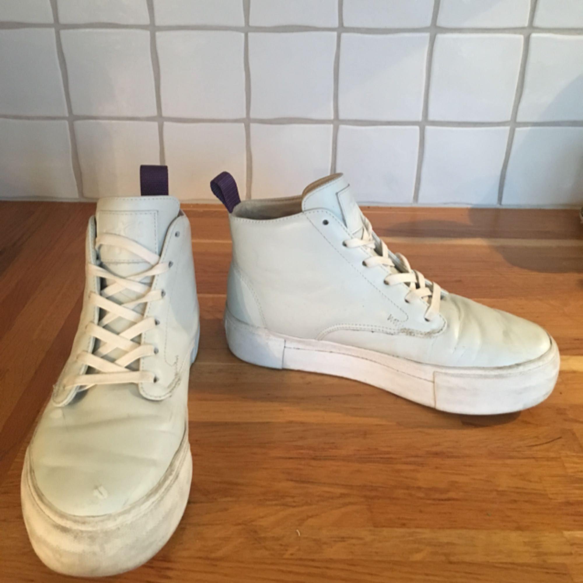 EYTYS sneakers i unik färg som aldrig nådde butikerna. Storlek 38. Nypris 1500 kr.. Skor.