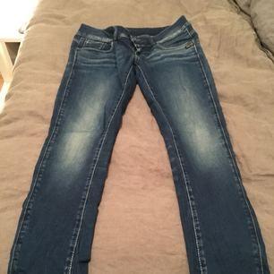 Gstar Raw jeans i storlek 30/32 (uppsydda)!