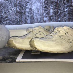 New Balance 996 skor. Kan både mötas och frakta :)