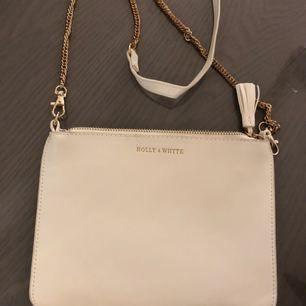 Holly & White söt väska, fint skick.