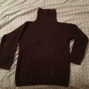 Skön varm tröja i nyskick