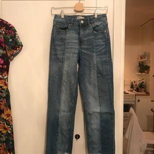 Jeans från Gina Tricot, knappt använda. Passar 34/36. Möts upp i Sthlm eller skickar mot fraktkostnad.