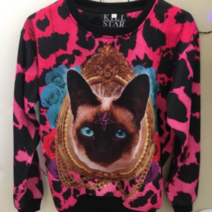 Helt oanvänd sweatshirt från märket killstar.