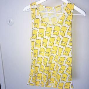 Bart linne köpt i Harajuku Japan. Köparen står för frakt.
