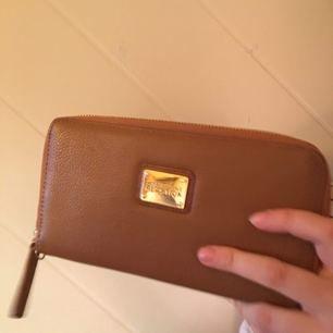Kenneth reaction läder plånbok