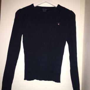 Kabelstickad tröja från Gant. Bra skick! Köpare står för frakt. Givetvis äkta.