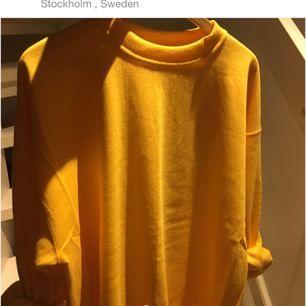Superfin gul tröja!