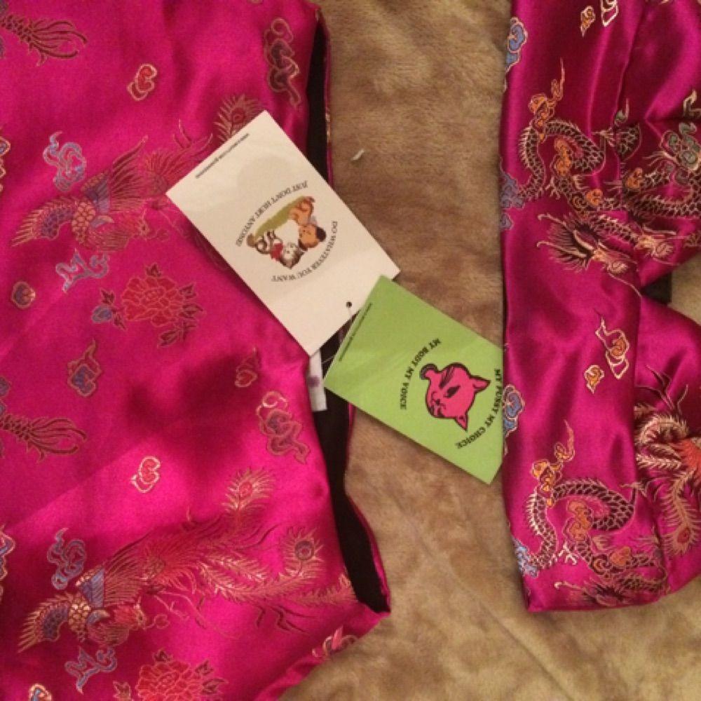 Oanvänt populärt o-mighty set säljs! (Säljs seperat. Skicka pm om du vill kombinera med kjolen!) stl S. Toppar.