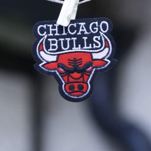 Chicago Bulls tygmärke 35kr inkl frakt! Ca 7,5 x 7,5 cm
