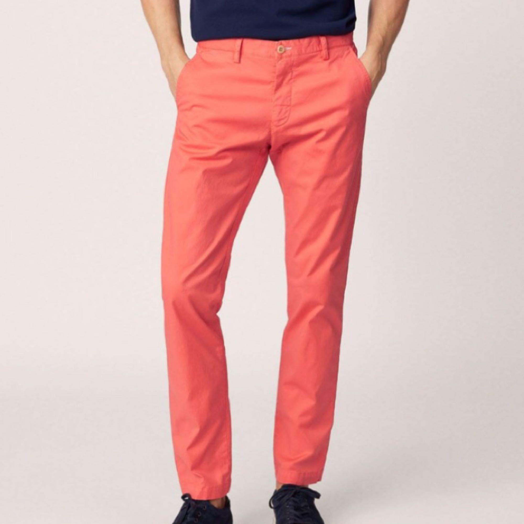 Snygga Gant byxor helt oanvända  450kr + frakt . Jeans & Byxor.