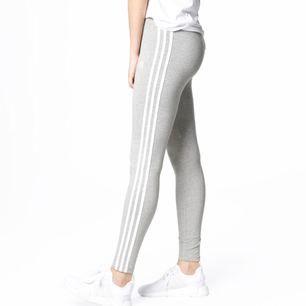 Aldrig använda gråa adidas heather leggings, Mediun Grey. Prislapp på!