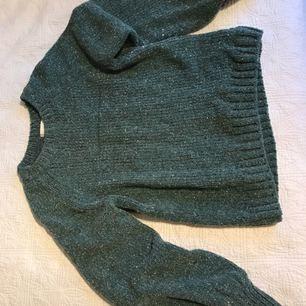 Jätte snygg tröja från hm i storlek XS! Använd 1 gång endast = det vill säga, väldig bra skick!