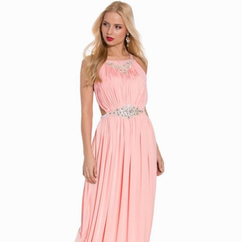 En helt ny otroligt fin balklänning - Klänningar - Second Hand 24082415b6252
