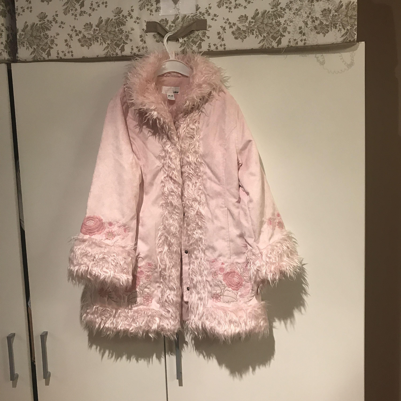 Jättesnygg rosa kappa för barn - H M Jackor - Second Hand e533080a0f029