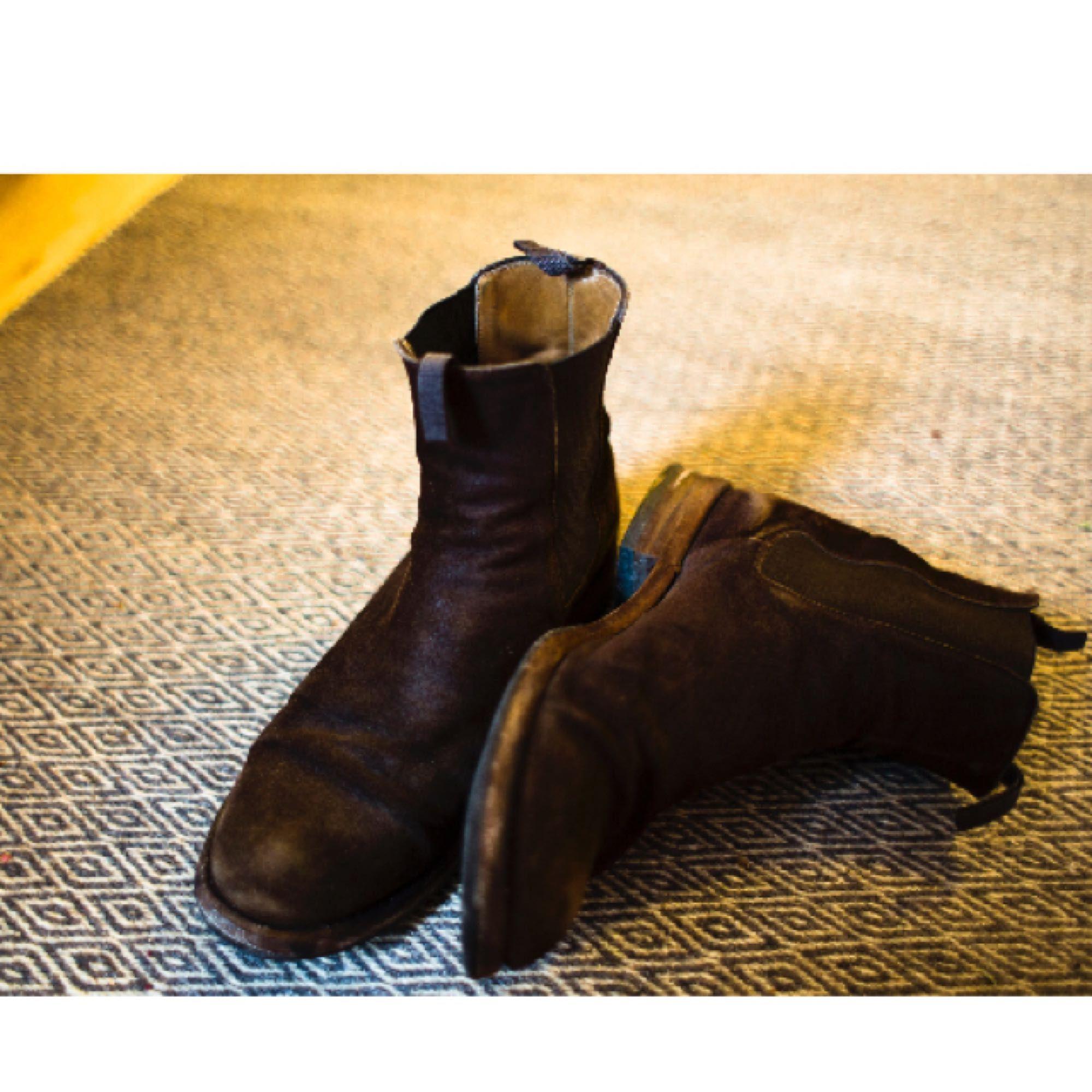 Italienska mochaskor från skobutiken Marzio. ⚡ 🔥 De är i fint skick  förutom sulorna ... a874911b10994