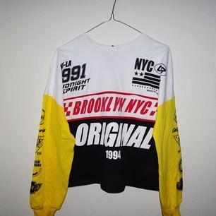 Riktigt cool tröja! Aldrig använd!  Köpare står för frakt.