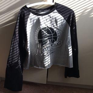 Oanvänd tröja från Primark