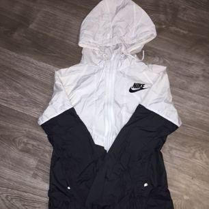 Nike vindjacka☺️