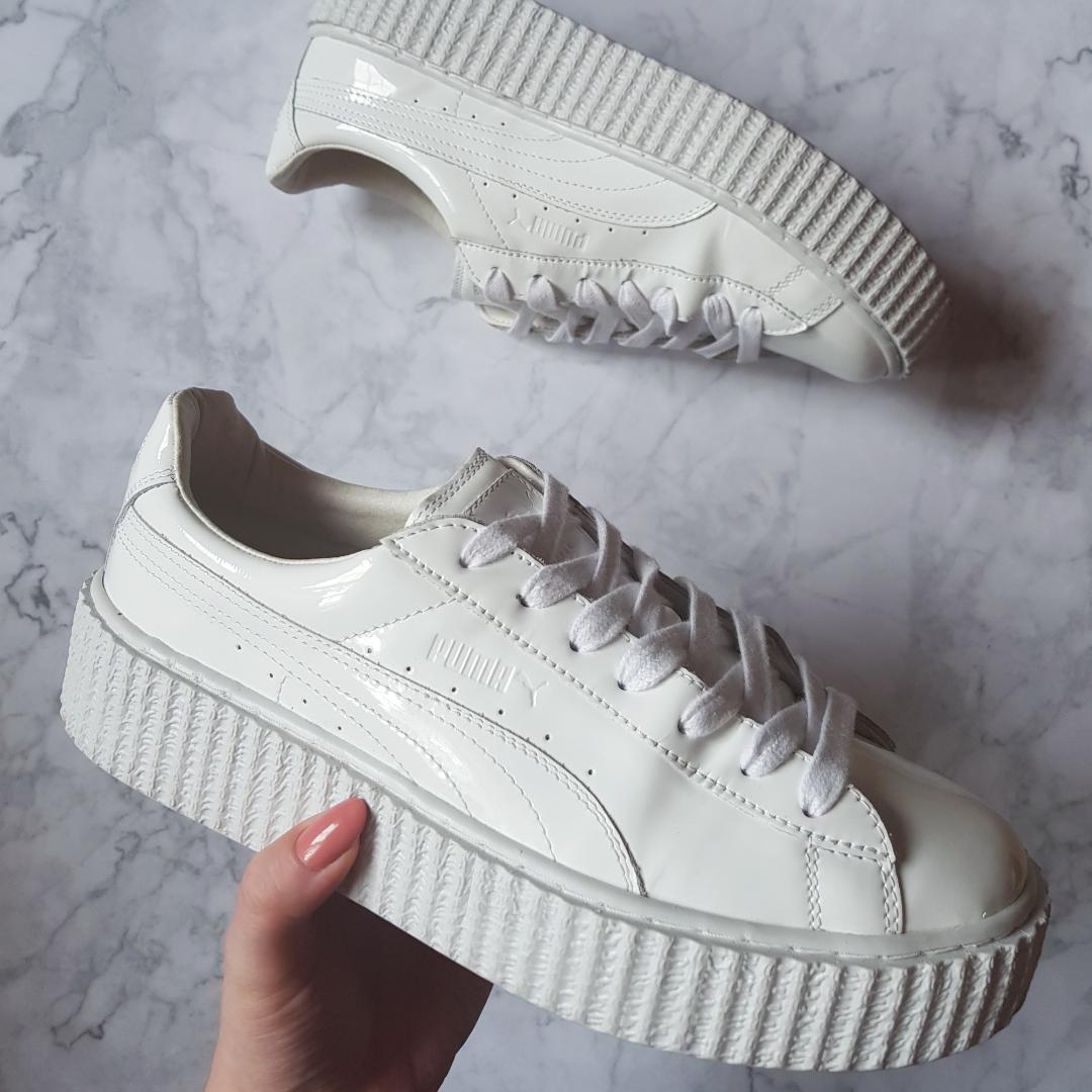 e9438a3e9df Rihannas Fenty Puma skor i vitt! Sprillans nya, använda enstaka gång.