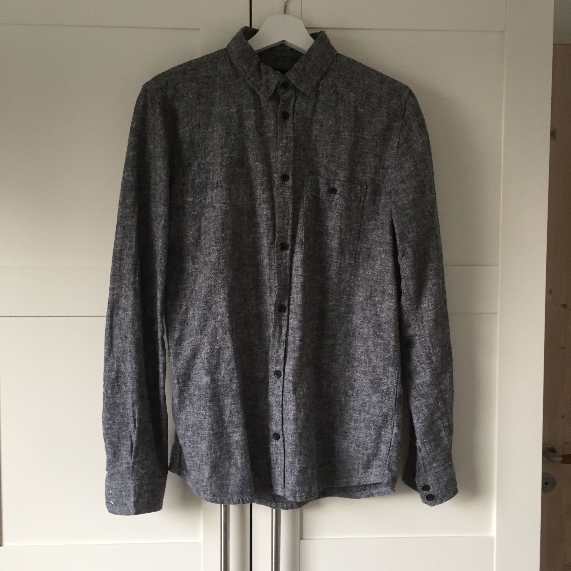 55% cotton 45% linen DR.Denim shirt, new condition . Skjortor.