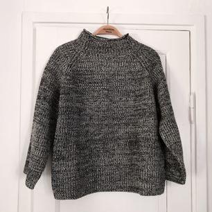 Helt ny stickad tröja ifrån Crocker. Nypris 499kr, köparen står för frakt 💘💘💘