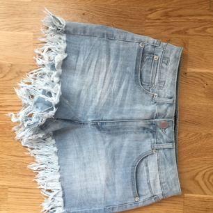 High-waist jeansskorts i stretchigt tyg, Väldigt bekväma!