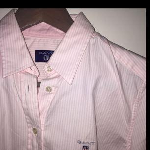 Gant skjorta, endast använd 1 gång. Nypris 999kr