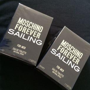 Oöppnad 2x Moschino Forever Sailing herrparfym Köparen står för frakt