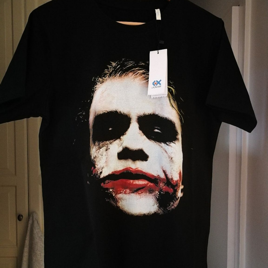 T shirt med skön bomull, bra kvalitets tryck på Jokern (Heath Ledger) Oanvänd! . T-shirts.