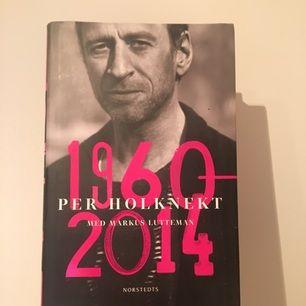 Bok om Per Holknekt! En mycket bra och rekommenderad biografi.  Betalning via Swish! Möts upp i Stockholm eller så står köparen för frakt <3
