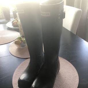 Sprillans nya Hunter boots, aldrig använda! Kan mötas upp i Stockholm🦔