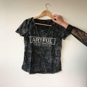 T-shirt från VILA, aldrig använd!