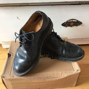 Dr. Martens skor, stl 37