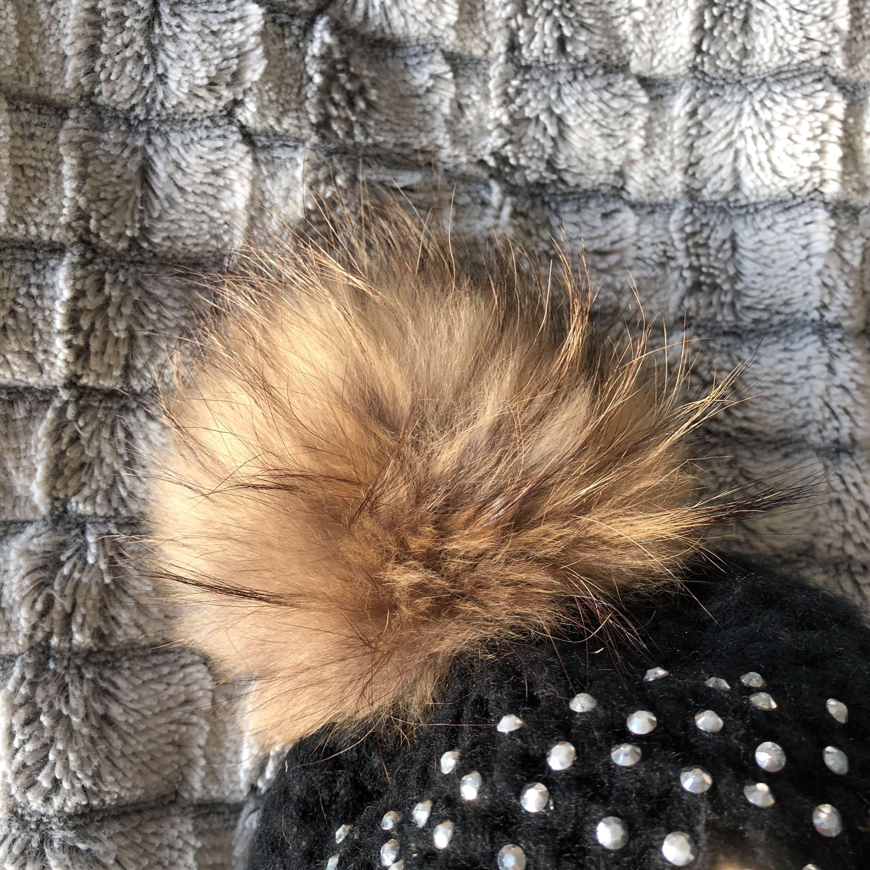 Säljer en fin vinter mössa. Övrigt.