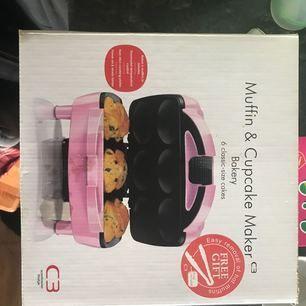 Helt ny muffinmaskin inte upp tagen ur lådan änns