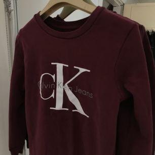 Calvin Klein tröja. Använd endast en gång