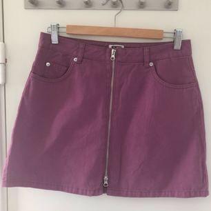 Helt ny kjol från weekday