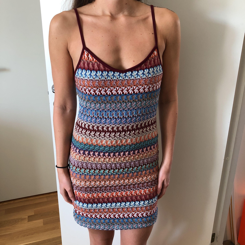a064f87143b6 Virkad klänning i olika färger - Topshop Klänningar - Second Hand