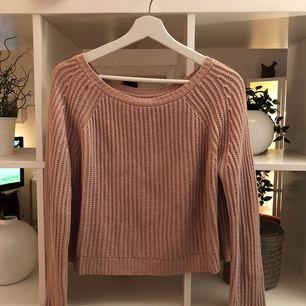 Ljusrosa stickad tröja från Brandy Melville.