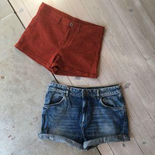 Roströda högmidjade shorts från H&M, storlek 36. Avklippta högmidjade shorts från Monki, storlek S. Ett par för 50kr eller båda för 80kr 🌺