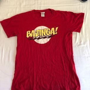 T-shirt ispirerad av serien The Big Bang Theory