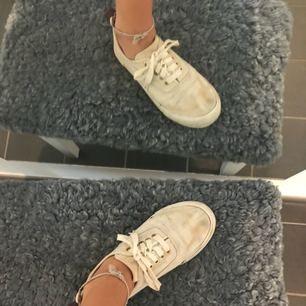 Använda skor från eytys. Avgör skick på bilderna. Kan skickas