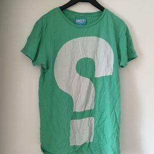 T-shirt från Sweet Sktbs Frakt inkl *se profilbeskrivning*